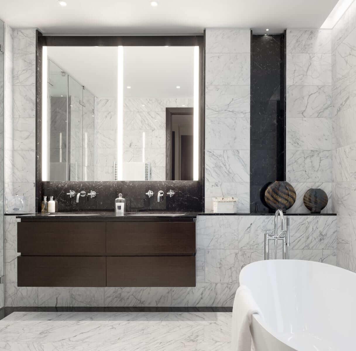 Lansdowne Place | Penthouse Master Bathroom